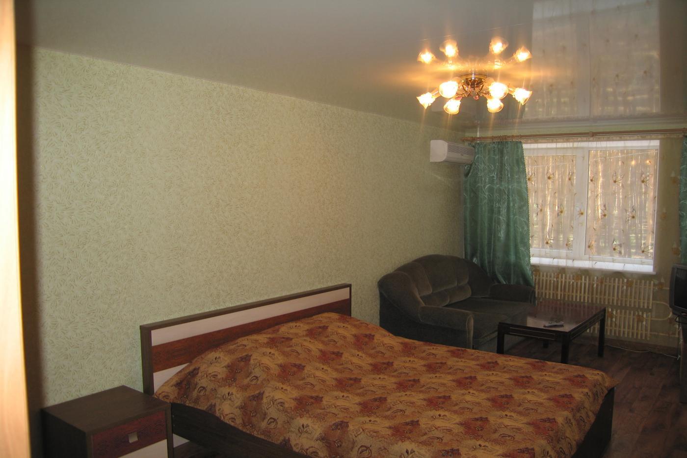 2-комнатная квартира посуточно (вариант № 2606), ул. Антонова-Овсеенко улица, фото № 4