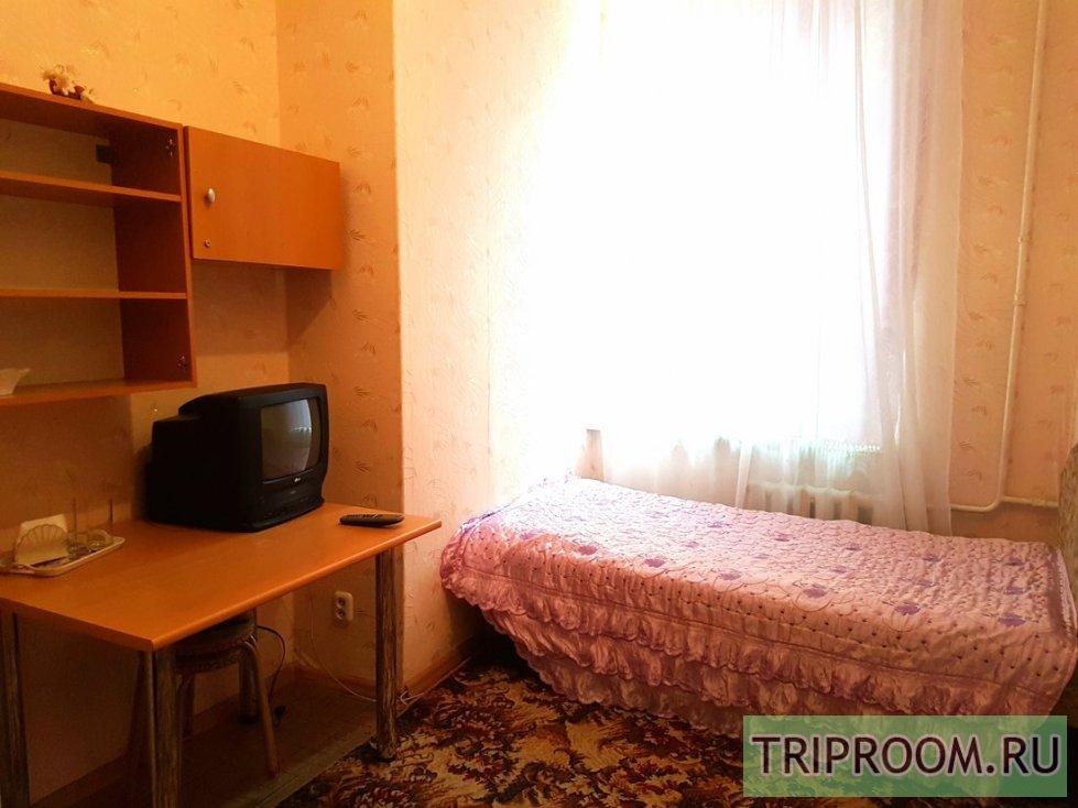 Комната в 3х-комнатной квартире посуточно (вариант № 8834), ул. Марата улица, фото № 5