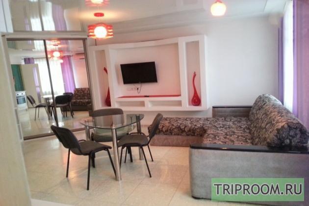 2-комнатная квартира посуточно (вариант № 7583), ул. 100-летия Владивостока проспект, фото № 6
