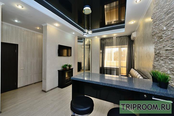 2-комнатная квартира посуточно (вариант № 6095), ул. Молодогвардейцев улица, фото № 5
