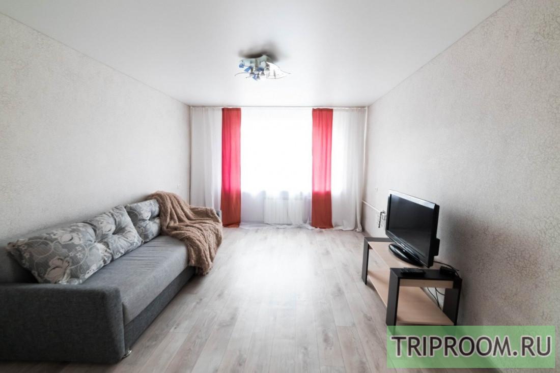 2-комнатная квартира посуточно (вариант № 7674), ул. Свердловская улица, фото № 1