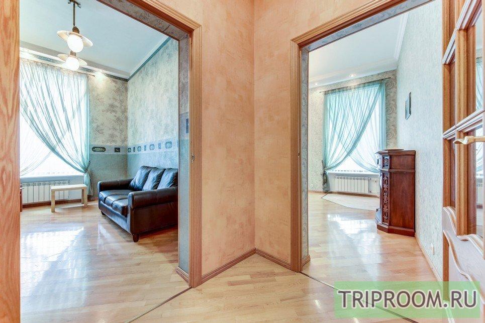 4-комнатная квартира посуточно (вариант № 55589), ул. Невский проспект, фото № 10