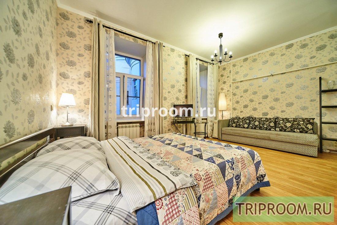 1-комнатная квартира посуточно (вариант № 15530), ул. Большая Конюшенная улица, фото № 1