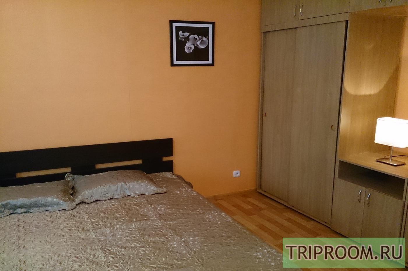 1-комнатная квартира посуточно (вариант № 12826), ул. Челюскинцев улица, фото № 2