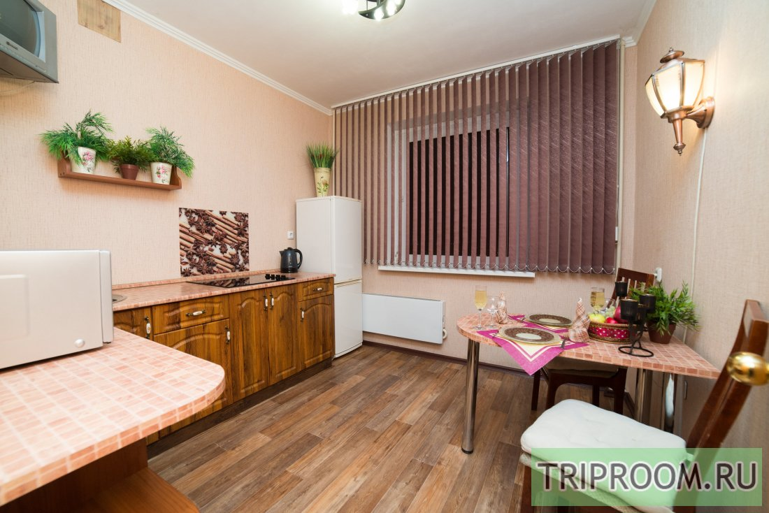 1-комнатная квартира посуточно (вариант № 6118), ул. Братьев Кашириных улица, фото № 7