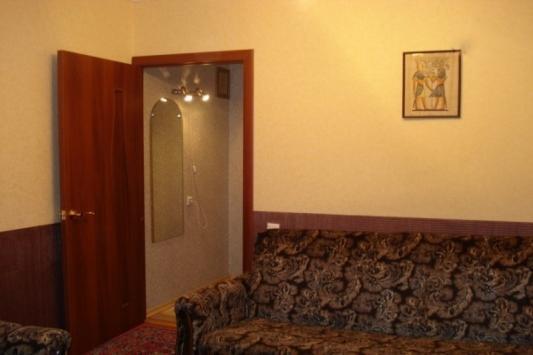 2-комнатная квартира посуточно (вариант № 3313), ул. Книповича улица, фото № 2