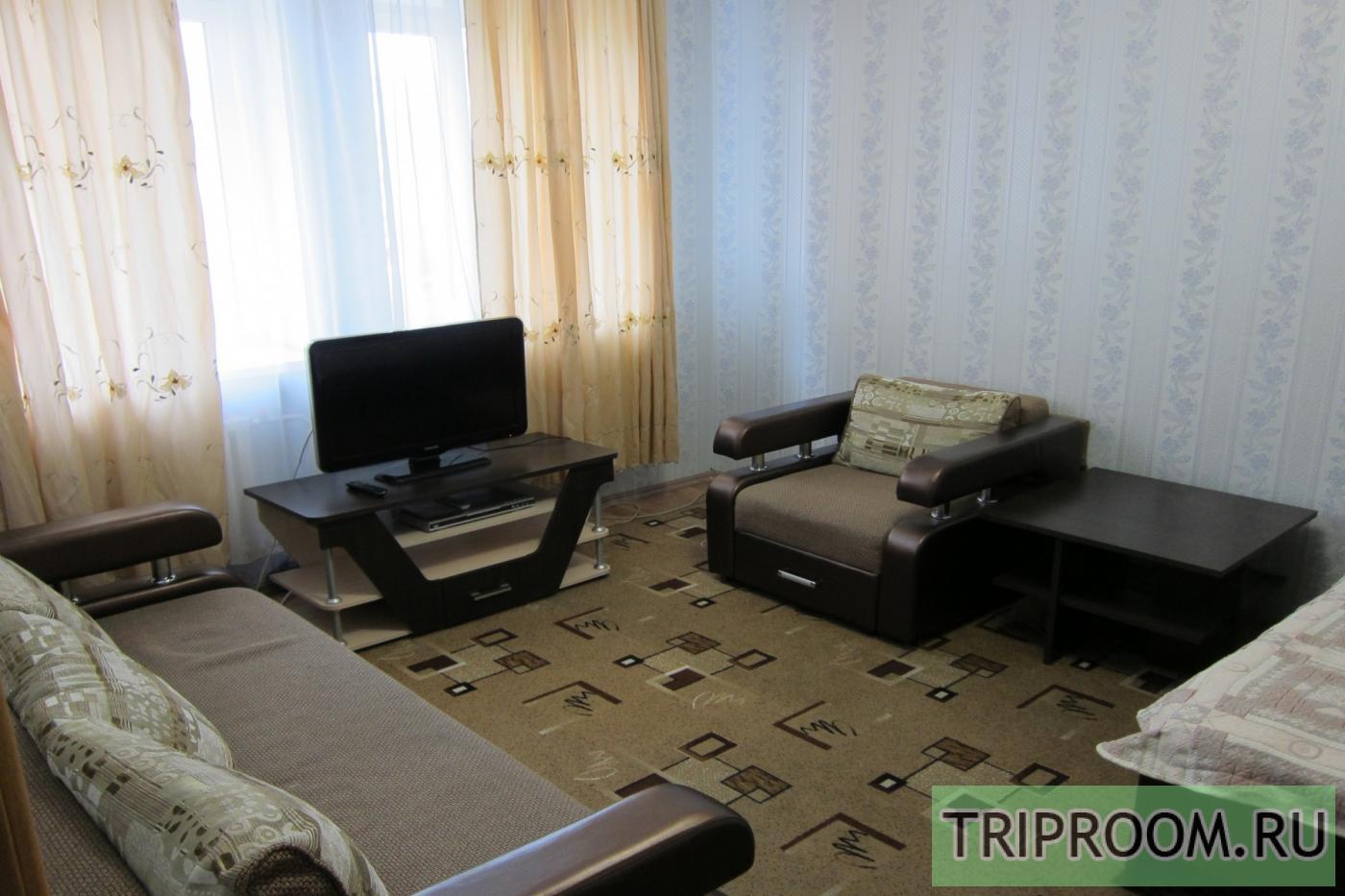 1-комнатная квартира посуточно (вариант № 21567), ул. Петра Смородина, фото № 1