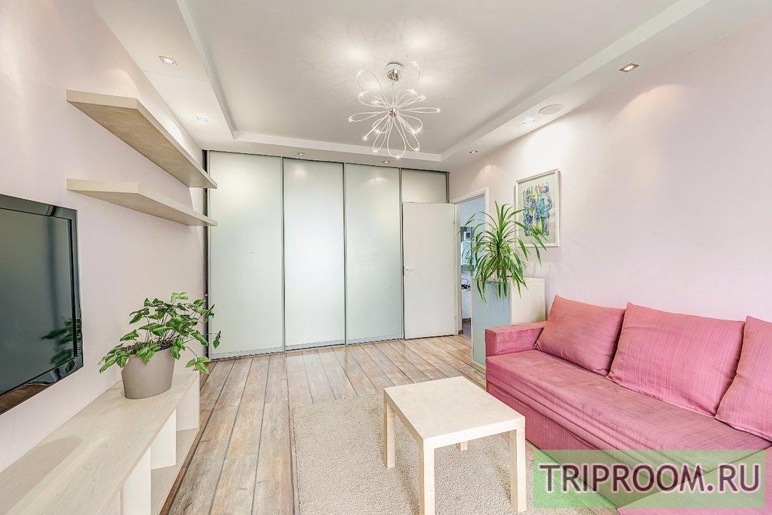 2-комнатная квартира посуточно (вариант № 61084), ул. Варшавское шоссе, фото № 1