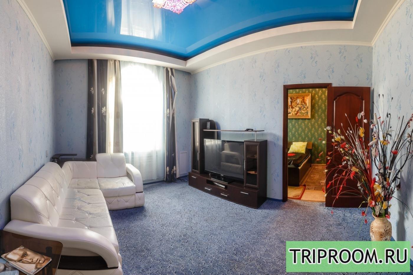 3-комнатная квартира посуточно (вариант № 15948), ул. Назарбаева улица, фото № 1