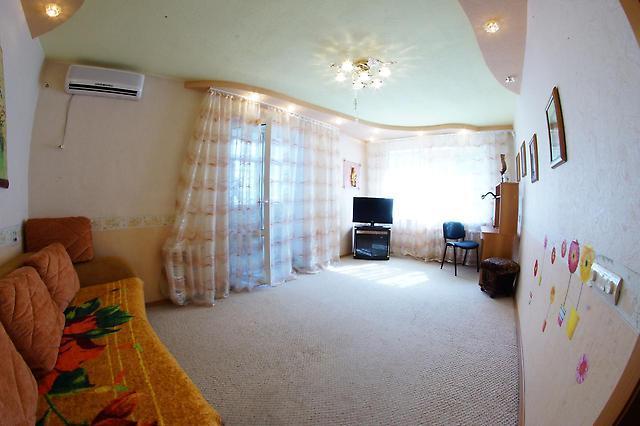 2-комнатная квартира посуточно (вариант № 2433), ул. Герасимова улица, фото № 8