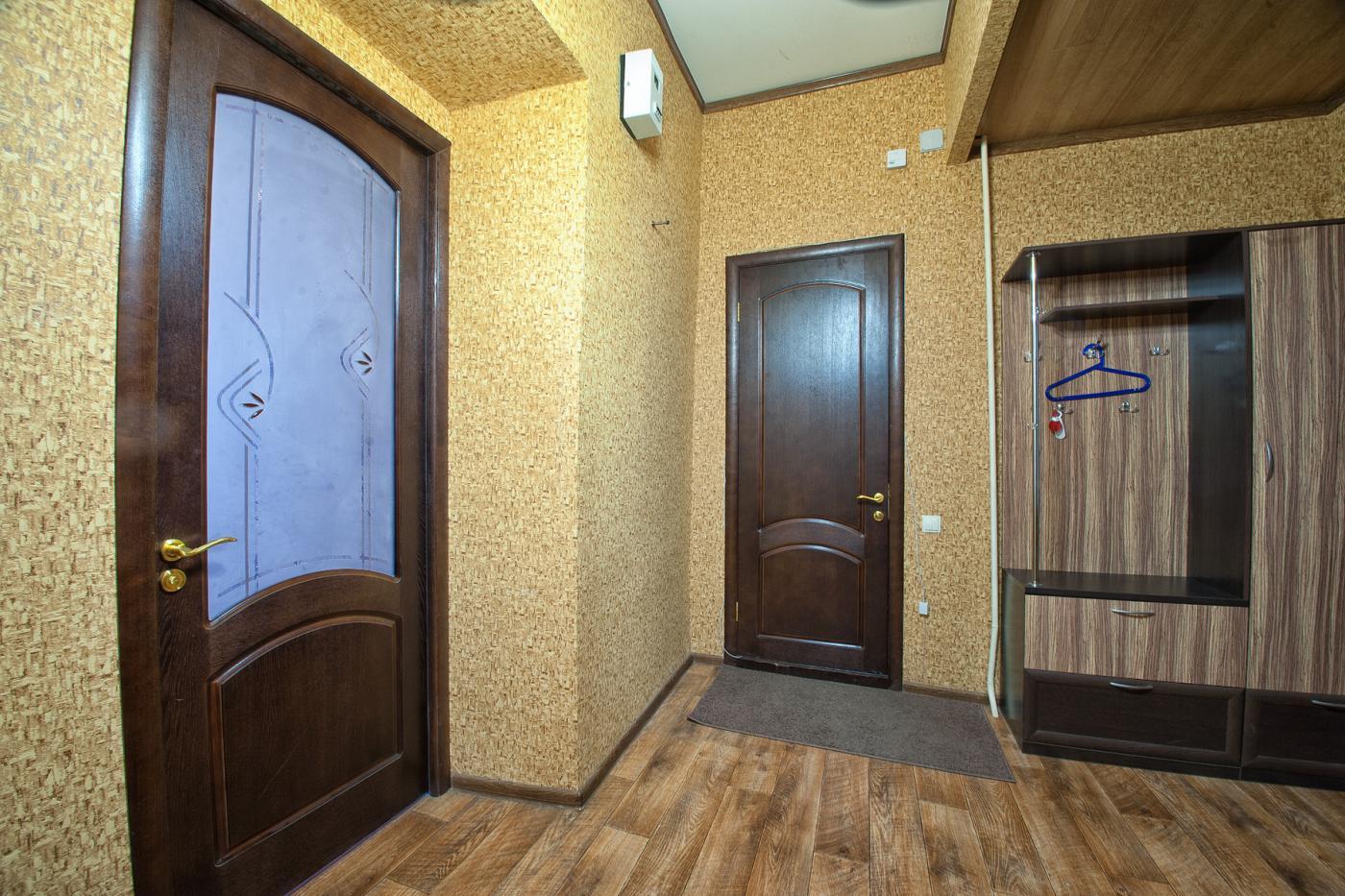 3-комнатная квартира посуточно (вариант № 1194), ул. Дзержинского улица, фото № 8