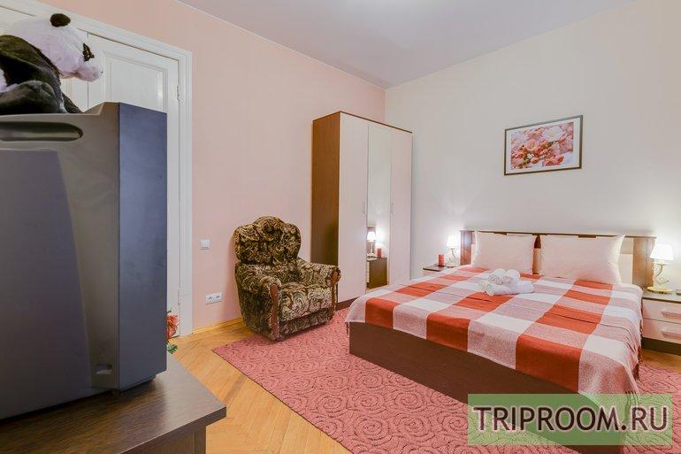 2-комнатная квартира посуточно (вариант № 44246), ул. Яблочкова улица, фото № 6