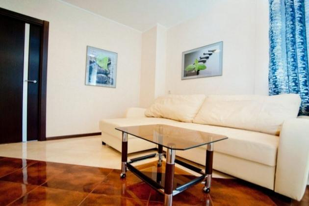 2-комнатная квартира посуточно (вариант № 3701), ул. Вавилова улица, фото № 2