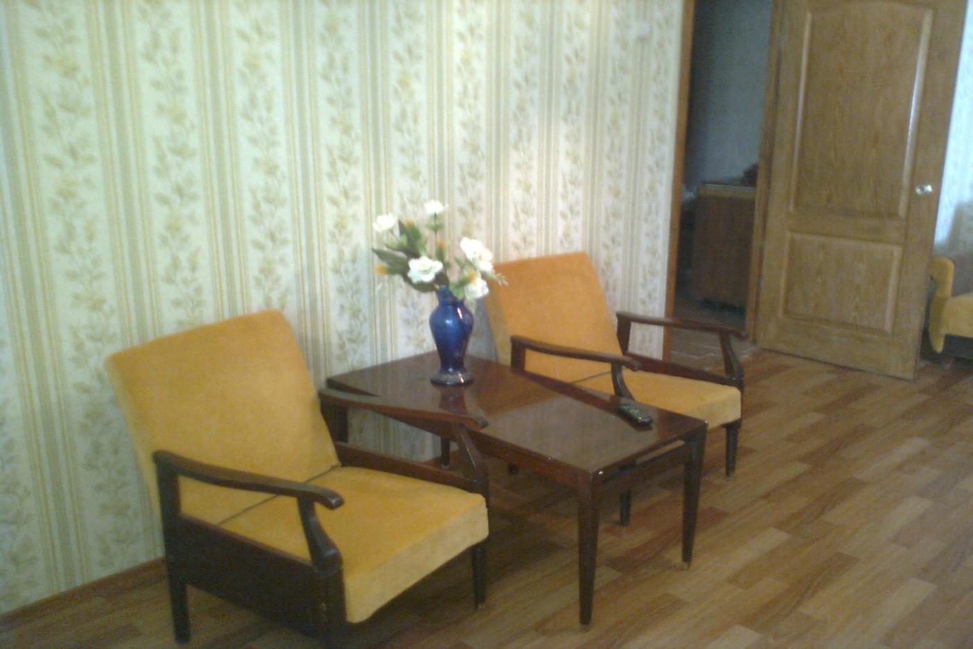 2-комнатная квартира посуточно (вариант № 2427), ул. Ефремова улица, фото № 3