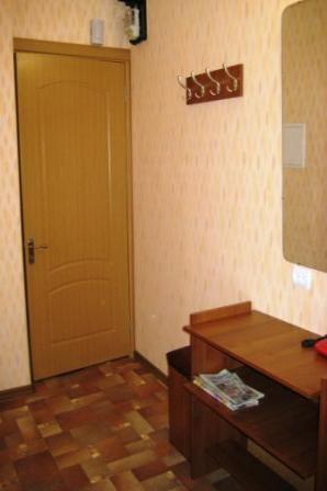 1-комнатная квартира посуточно (вариант № 852), ул. Октябрьской Революции проспект, фото № 5