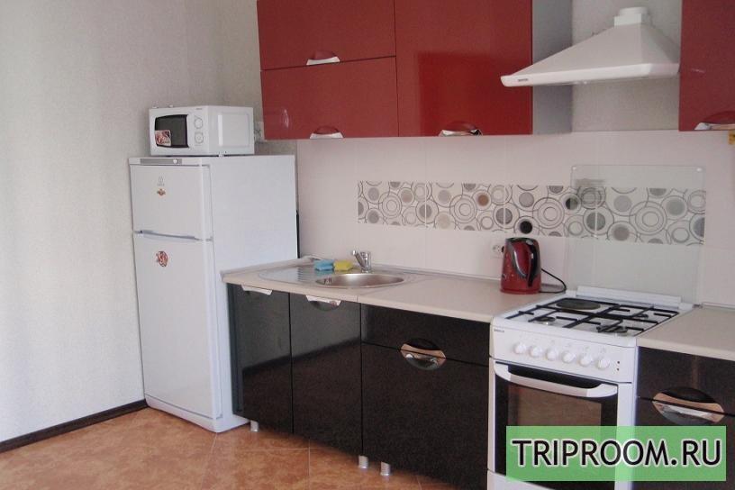 1-комнатная квартира посуточно (вариант № 1710), ул. Челнокова улица, фото № 1