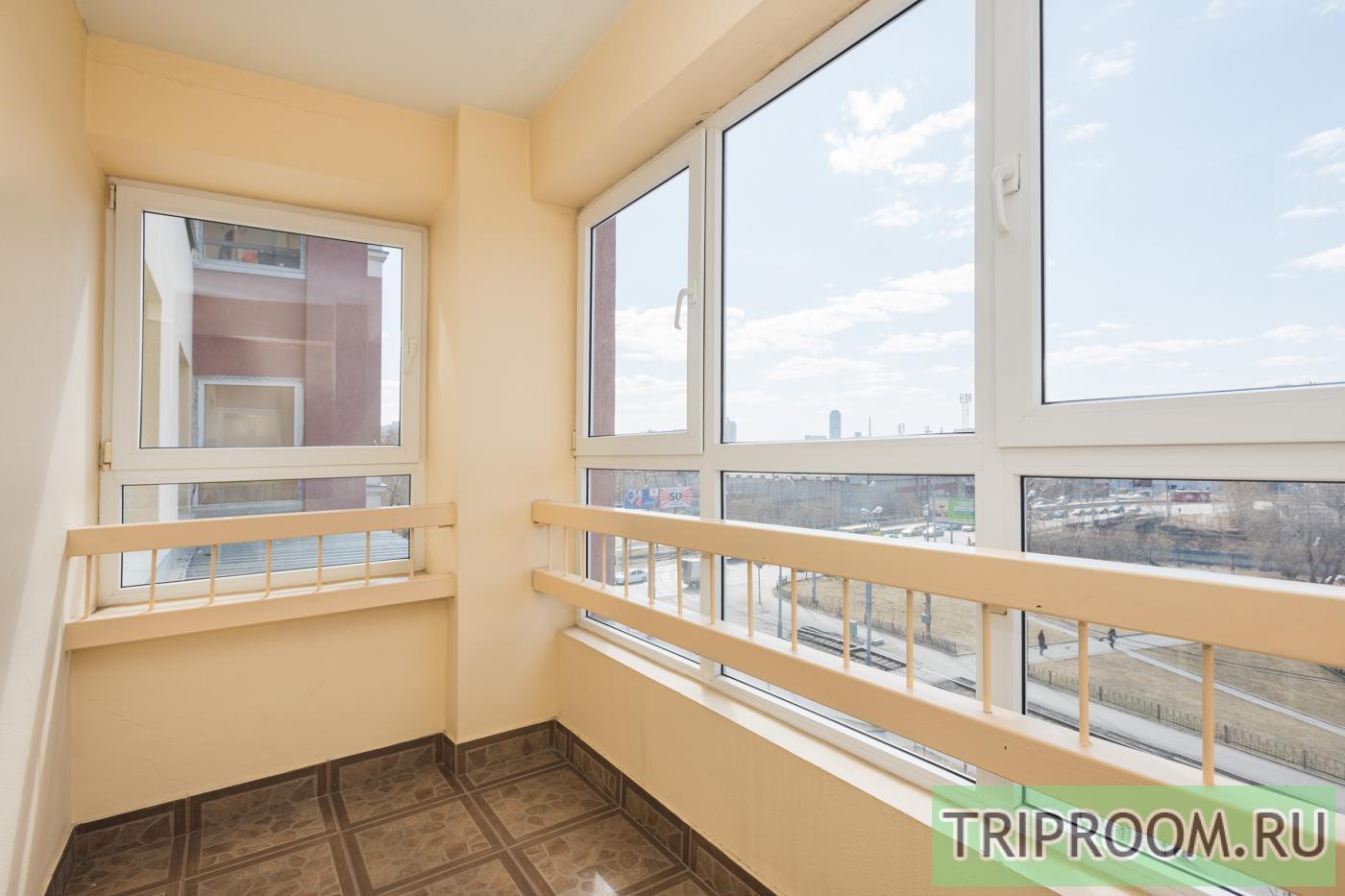 1-комнатная квартира посуточно (вариант № 16259), ул. Смазчиков улица, фото № 8