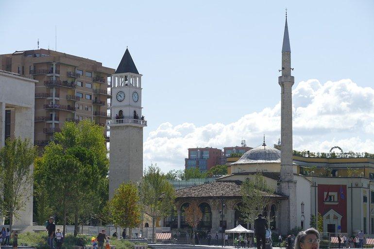 Тирана в Албании