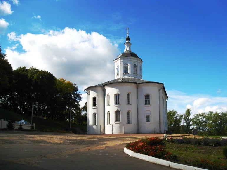 храмы и монастыри Смоленска