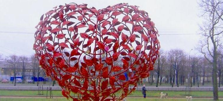 дерево любви в Санкт-Петербурге
