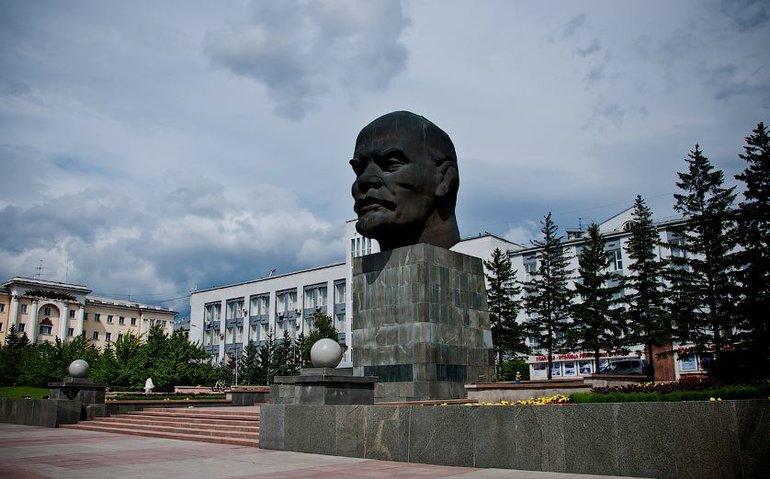 Самый крупный памятник Ленину