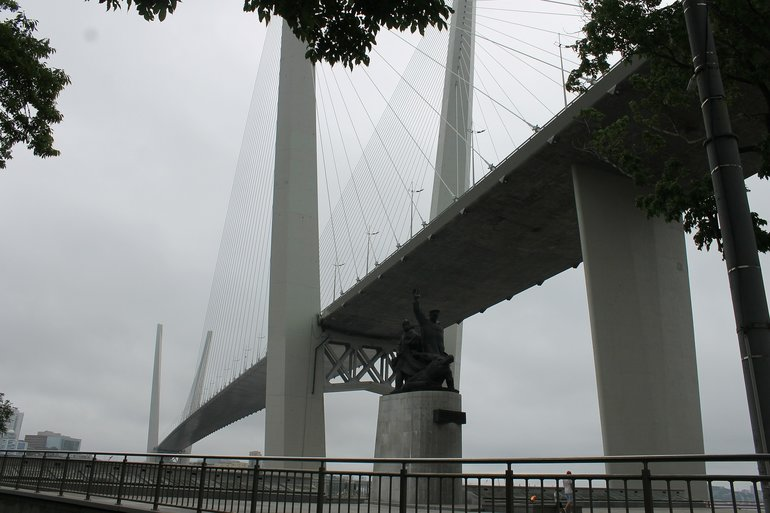 мост во Владивостоке